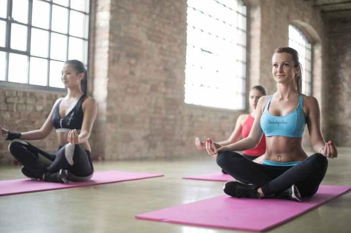 Miten valita itselleen parhaiten sopiva joogaopettajakoulutus, osa3